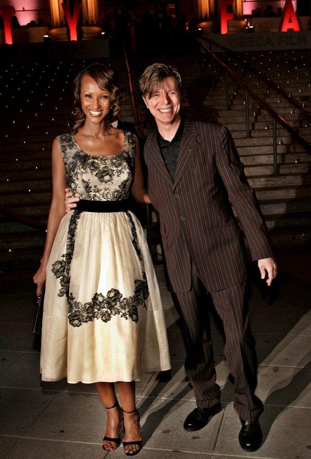 Iman ja David Bowie huhtikuussa 2005.