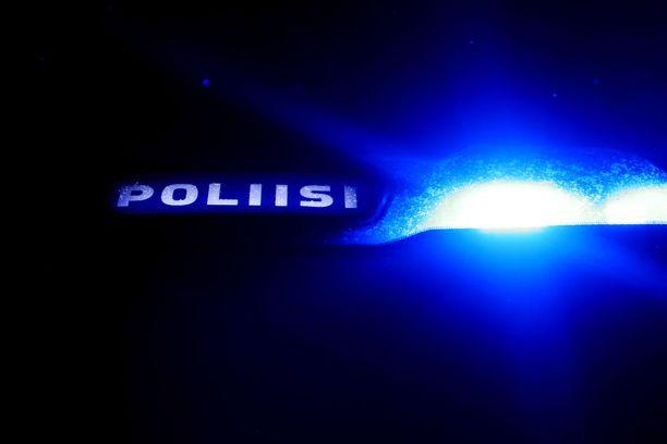 Henkirikos johti pitkään öiseen poliisipiiritykseen Pohjois-Pohjanmaalla. Kuvituskuva.
