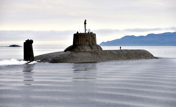 Muun muassa maailman suurin ydinsukellusvene Dmitri Donskoi nähdään sunnuntain laivastoparaatissa.