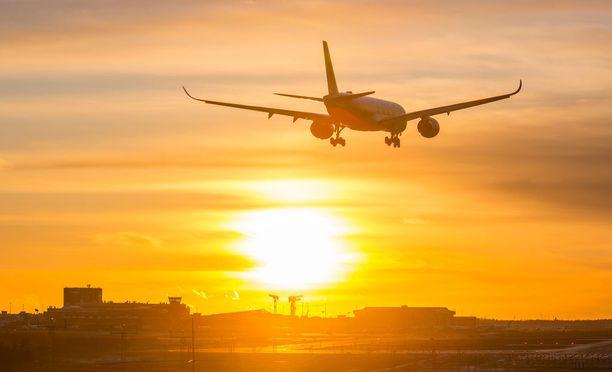 Finnair on suosittu työnantaja kaupallisella alalla.