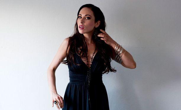 Janna julkaisi kesäkuussa uuden levynsä Janna.