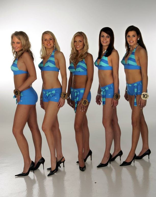 Miss Suomi-finalisteja vuodelta 2006: vasemmalta Ninni Laaksonen, Outi Virenius, Miia Lakkisto, Sini Vahela ja Suvi Pitkänen.