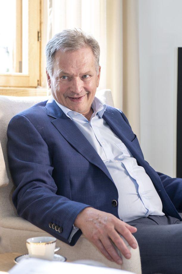 Presidentti Sauli Niinistö elokuussa 2018 Naantalin Kultarannassa.