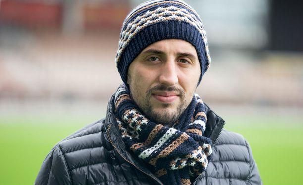 Erfan Zeneli leireilee Astanassa.