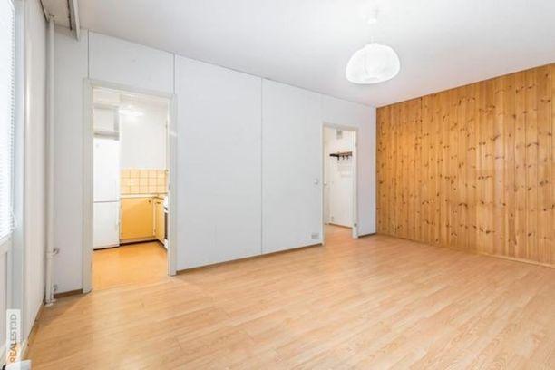Havukoskella sijaitsevassa vuonna 1978 rakennetussa talossa on tarjolla remonttia kaipaava 45,5 neliön kaksio.