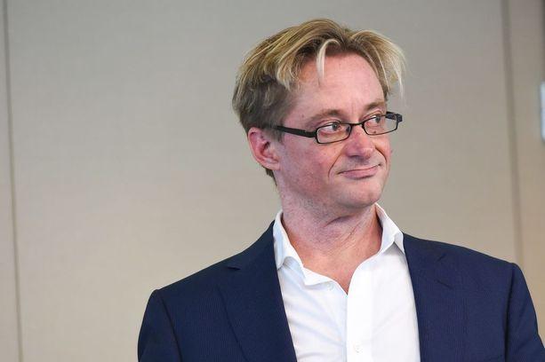 Mikael Jungner otti Hakkaraisen ahdistelutapaukseen kantaa Facebookissa.
