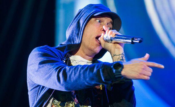 Eminemin uutuuskappaleessa sämplätään Zombie-hittiä.