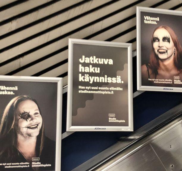 Stadin ammattiopiston mainoksia näkee muun muassa metroasemilla.