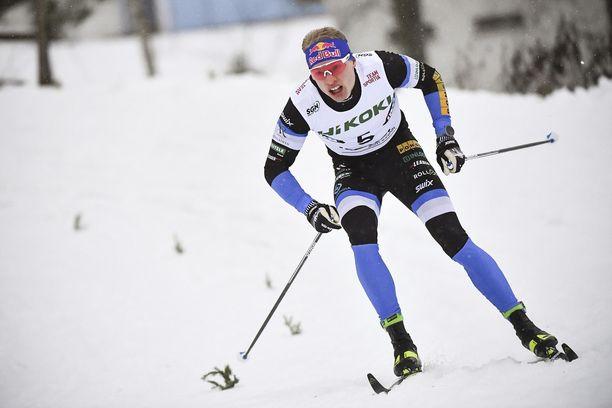 Iivo Niskanen voitti lauantaina ja oli sunnuntaina neljäs Rovaniemen Suomen cupissa. Kuva pyhän sprintistä.