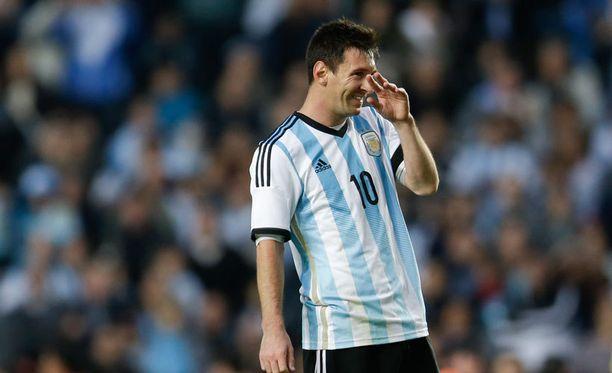 Lionel Messi lähestyy paikkaa Argentiinan kaikkien aikojen maalitykkinä.