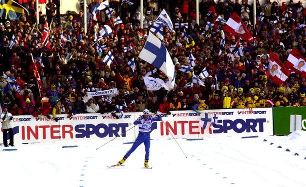 ANTOI KAIKKENSA Monen mielestä Mika Myllylä oli urheilija, joka antoi kisoissa kaikkensa ja keräsi menestystä, mutta osasi silti olla nöyrä.