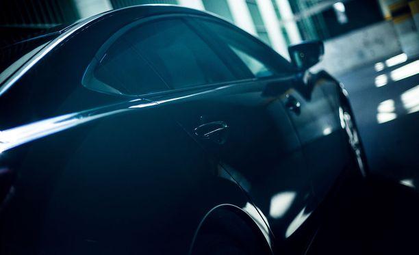 Mazda6 näyttää hyvältä kulmasta kuin kulmasta.