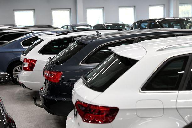 Farmariauto kiinnostaa käytetyissä autoissa eniten.