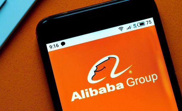 Alibaba tyytyy sakkoihin.