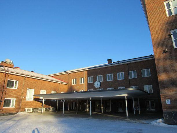 Kalevan lukiossa Tampereella riehuu oksennustautiepidemia.