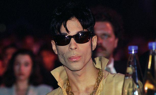 Prince kuolema aiheuttaa yhä hämmennystä.