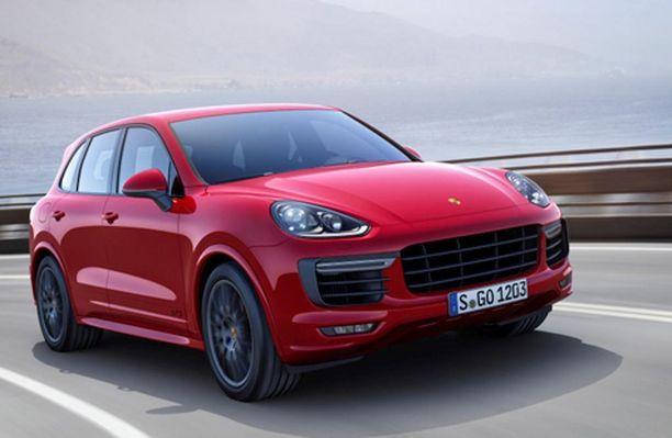 Porsche Cayenne oli vuonna 2015 myydyin Porsche-malli Suomessa.