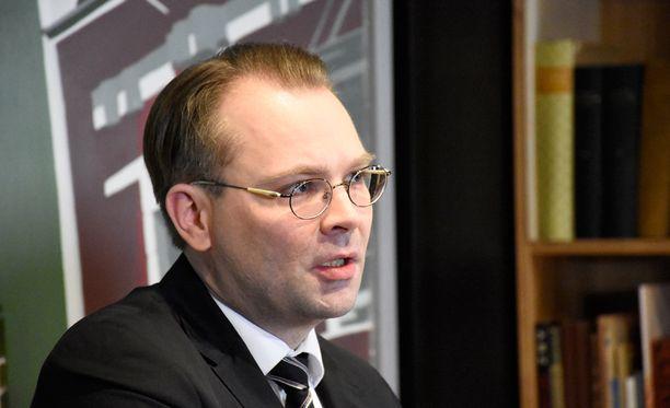 Jussi Niinistön mukaan Ylen uutinen oli mahdollisesti informaatio-operaatio, jossa levitettiin tahallaan väärää tietoa.
