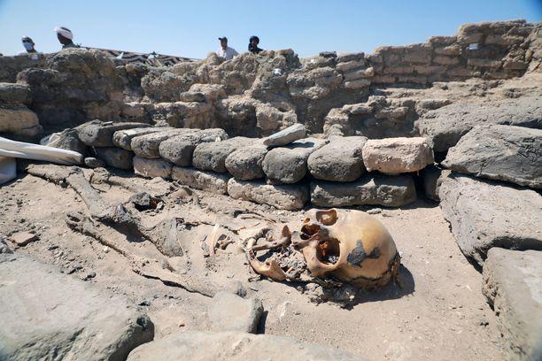 Atenin muinaisesta kaupungista löytyi muun muassa luuranko.
