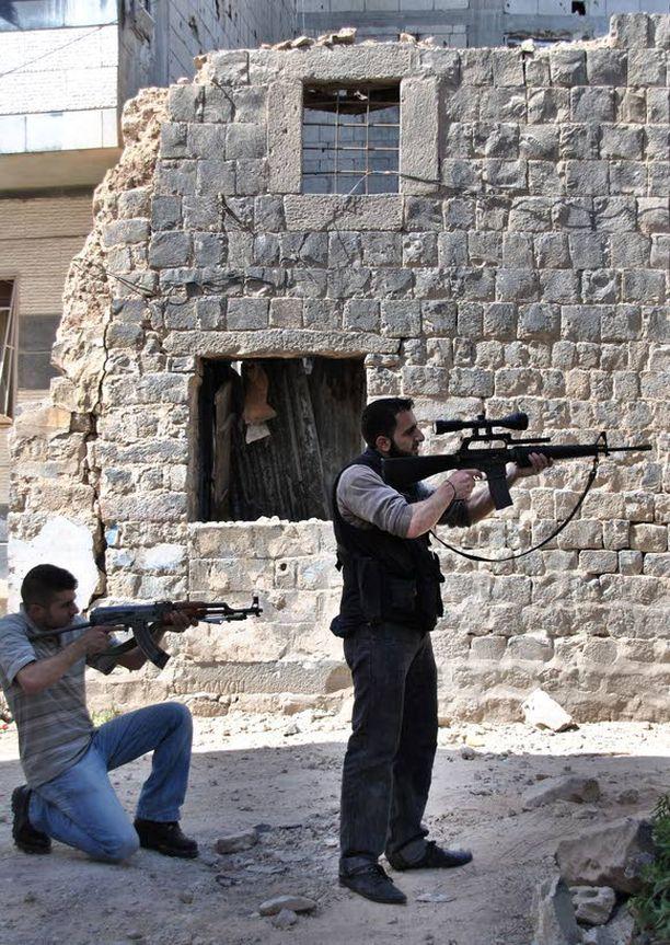 Syyriassa on käynnissä parhaillaan verinen sisällissota.