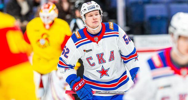 SKA:n Miro Aaltonen viimeisteli joukkueensa neljännen maalin Jokereita vastaan.