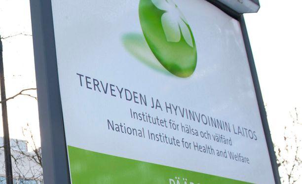THL:n kyselyn mukaan vain hieman alle puolet pääsi hoitoon ja tutkimuksiin riittävän nopeasti.