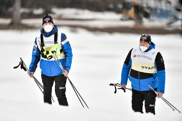 Ismo Hämäläinen (vas.) ja Hannu Koivusalo johtavat Hiihtoliiton operatiivista toimintaa.