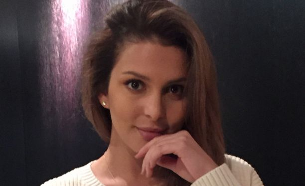 Sara Chafak joutui pahoittelemaan yhteyttä ottaneelle miehelle, että tätä oli jujutettu.