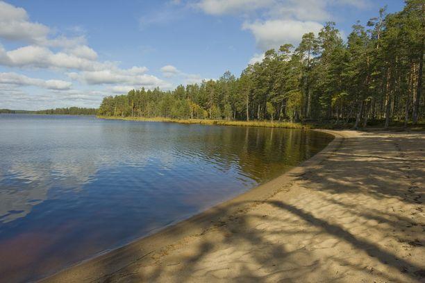 Kesäisen päivän ilta vaati ainakin kaksi kuolonuhria Suomen uimarannoilla. Kuvituskuva.