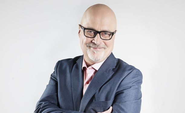 Tony Dunderfelt on asiantuntijana Ensitreffit alttarilla -ohjelmassa AVA:lla tiistaisin klo 21.