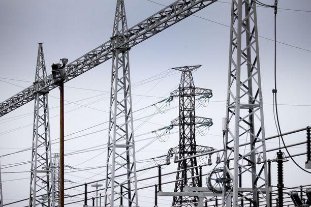 Fortum hankkiutui eroon mittavasta sähköverkkoliikennetoiminnasta.