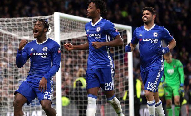 Vetovihje uskoo Chelsean juhlivan tänään.