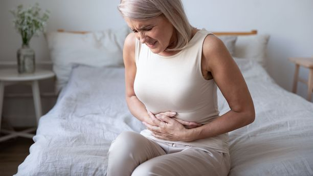 Umpipussin tulehduksessa kiputuntemukset ja paineluarkuus sijoittuvat yleensä vatsan vasemman puolen alaosaan.