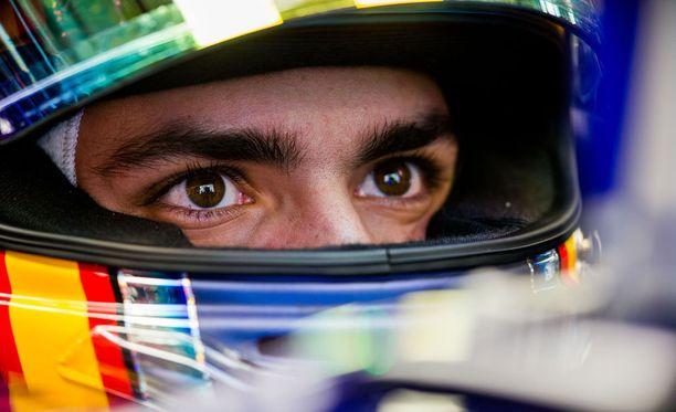 Carlos Sainz ajoi rajusti ulos Venäjän GP:ssä.