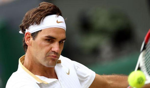 Roger Federer hakee historiallista 15:ttä grand slam -voittoa sunnuntaina.