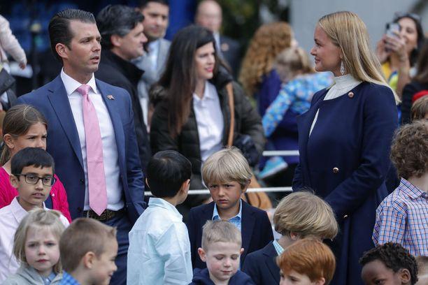Vanessa ja Donald Trump Jr. edustivat pääsiäisjuhlassa yhdessä avioerosta huolimatta.