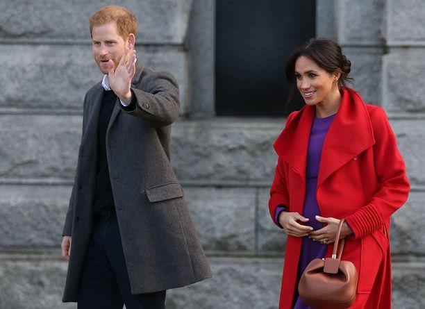 Prinssi Harryn ja herttuatar Meghanin esikoinen syntyy huhtikuussa.