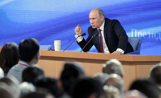 Presidentti Vladimir Putin esiintyi ajoittain mahtipontisesti.