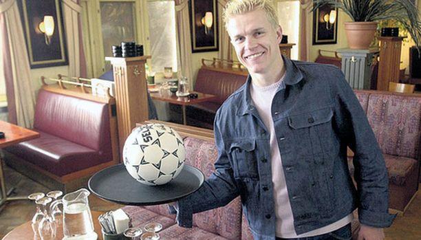 Jari Niemi syötti TamU:n mestaruuskaudella 2001 kymmenen maalia ja teki kolme.