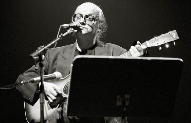 Juicen kappale Bluesia Pieksämäen asemalla innoitti Aki Kaurismäen tekemään lyhytelokuvan.