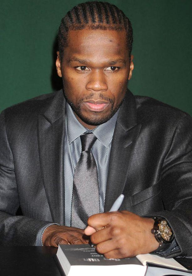 Räptähti 50 Cent sai ruokamyrkytyksen pilaantuneesta hampurilaisesta.