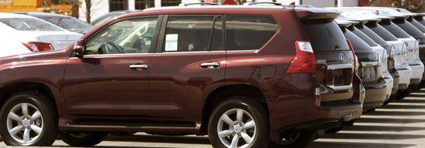 Ilmoitus koskee Lexus 460 ja Land Cruiser 150 -malleja.