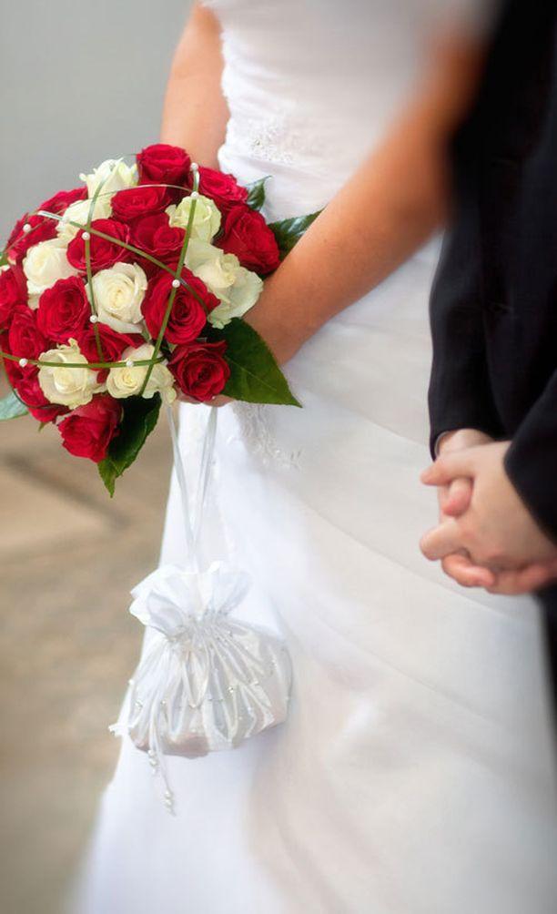 Rakkaus ei aina ole ainoa syy solmia avioliitto.