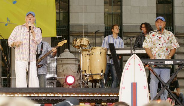 The Beach Boys keikalla amerikkalaisen Good Morning America-showssa.