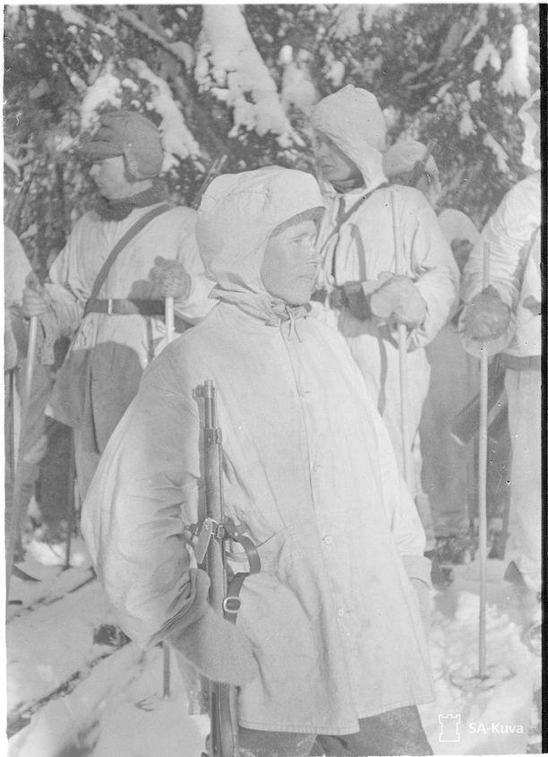 Mestariampuja Simo Häyhä Loimolassa 1.2.1940.