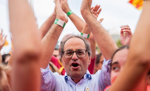 Katalonian aluehallinnon johtaja Quim Torra oli mukana kansallispäivän mielenosoituksessa.