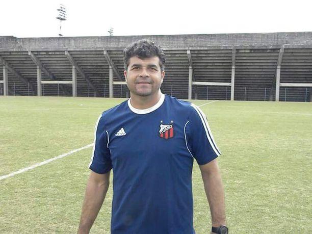 Luiz Antonio valmentaa Brasiliassa.