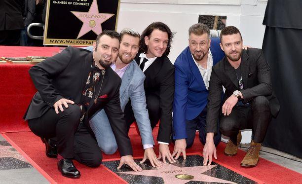 'N Sync -yhtye sai tähden Walk of Famelle maanantaina.