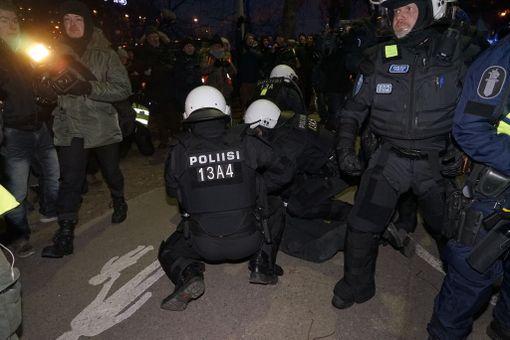 Viime vuonna itsenäisyyspäivänä järjestettiin useita mielenosoituksia, joista osaa poliisi joutui rahoittelemaan.