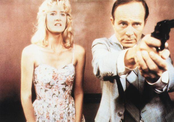 Laura Dern ja George Dickerson Blue Velvetissä vuonna 1986.